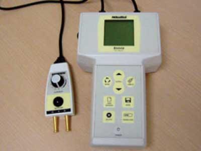 神経伝導検査装置